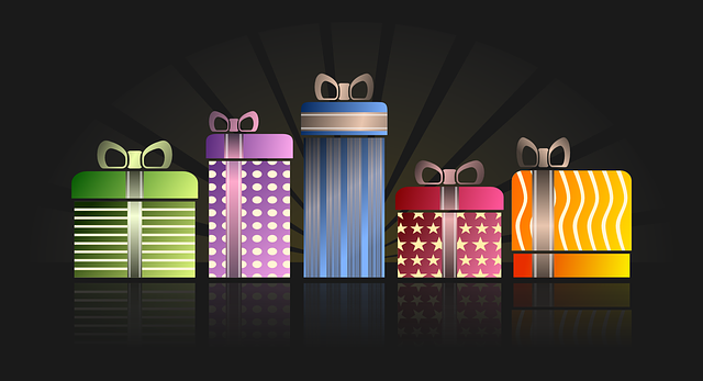 různě barevné dárky
