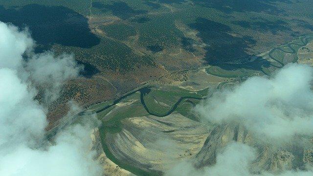 Delta Okavanga: oáza zeleně uprostřed Kalahari
