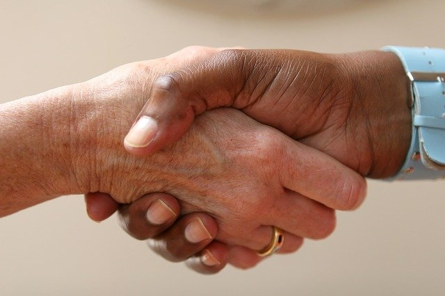 potřesení rukou