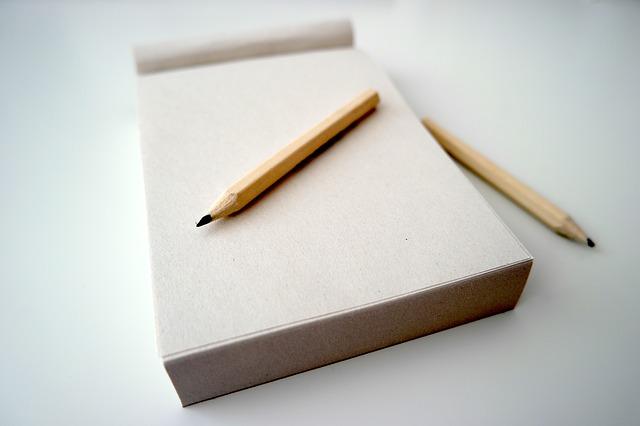 tužky a blok