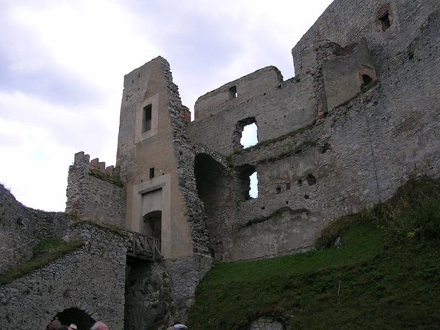hrad Rábí