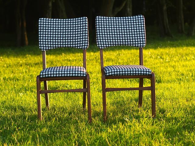 molitanové židle