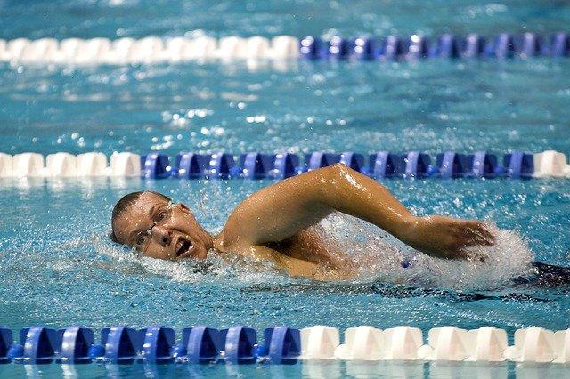 plavec na trati