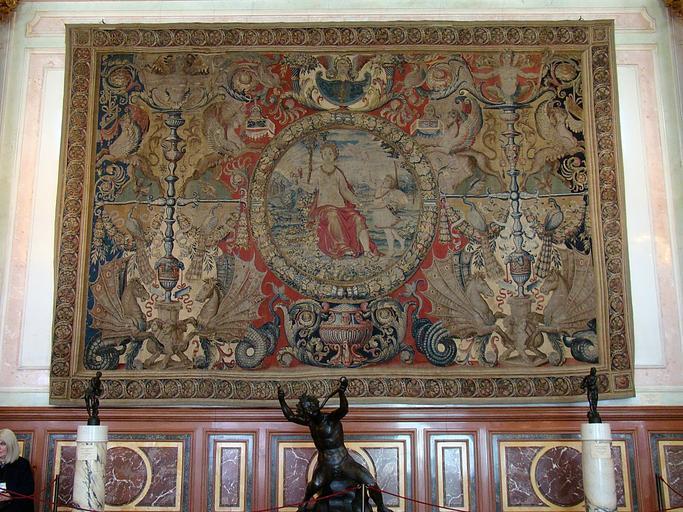 pověšená tapisérie