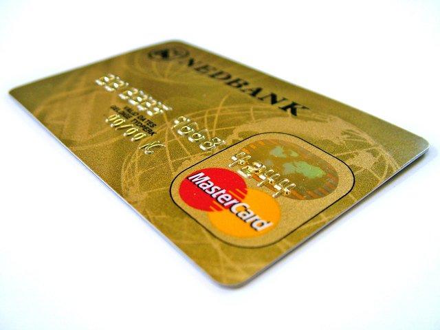 zlatá platební karta