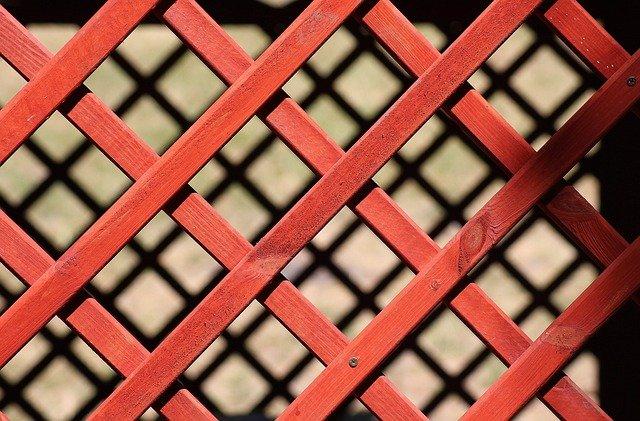Detail dřevěného mřížkování